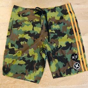 Hurley phantom  camp shorts